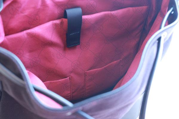 プローペルの内側ポケット